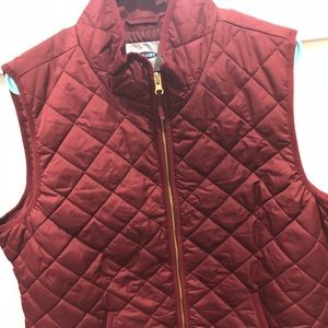Wine colored quilted vest from Old Navy NWT
